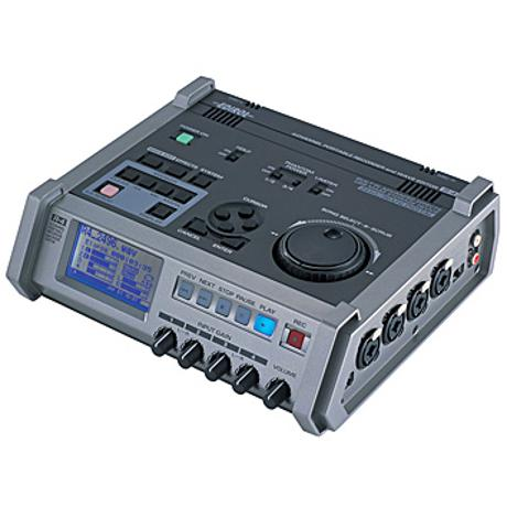 ROLAND 4-CH PORTABLE RECORDER/WAVE EDITOR 1